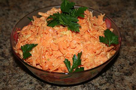 салаты из моркови рецепты с фото простые